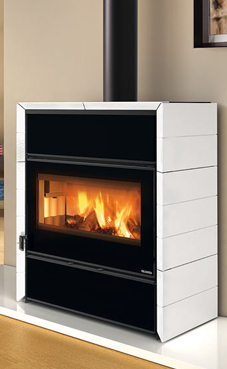 NORDICA-EXTRAFLAME modelo FLY IDRO D.S.A. 15,4 Kw blanca-infinity